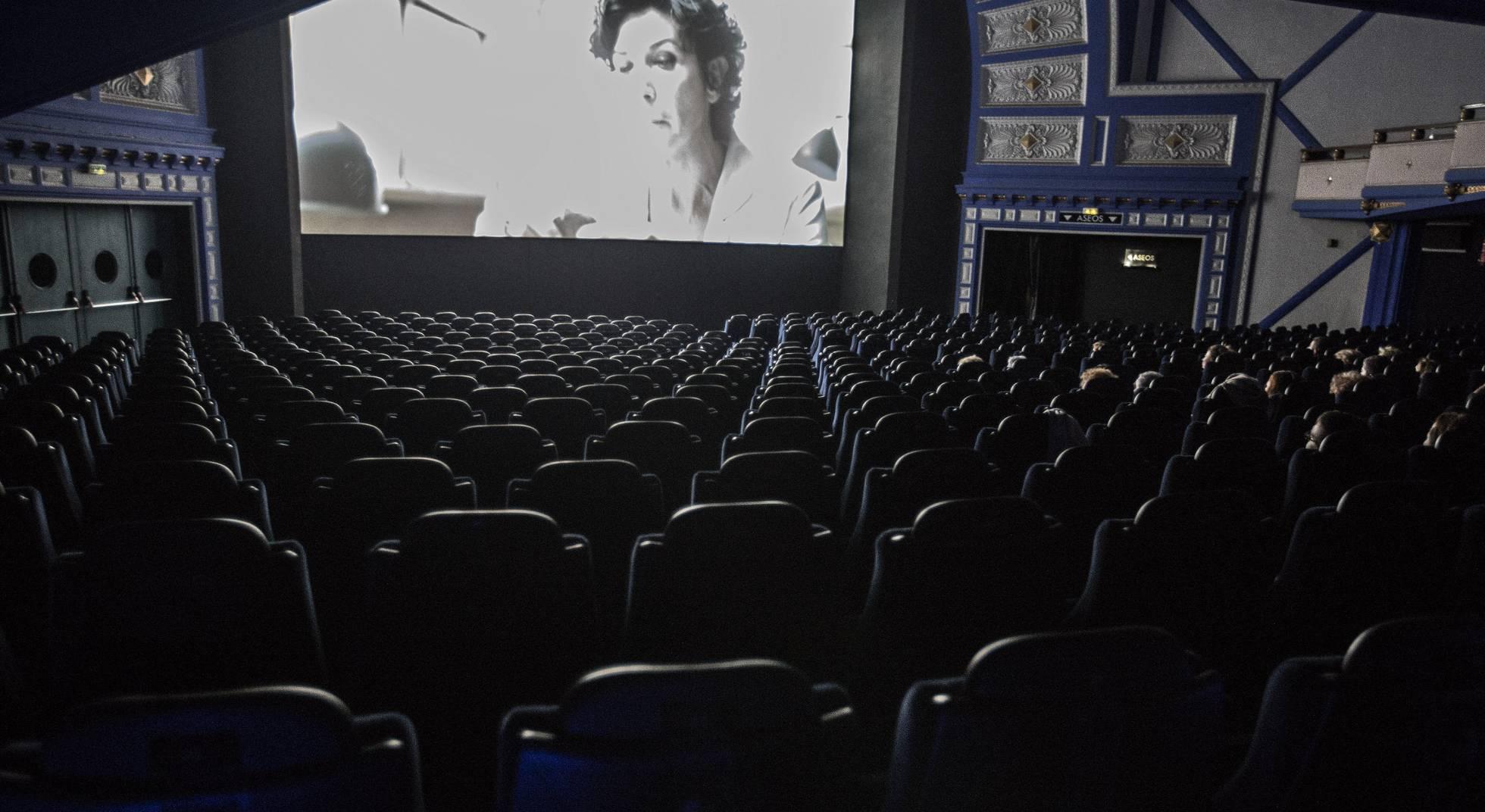 Ir Al Cine Un Fin De Semana En Madrid Y Barcelona Es Casi