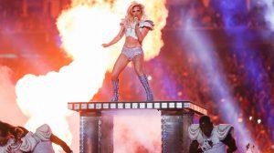 Lady Gaga en la Super Bowl en 2017